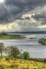 Vorschau des iPhone Hintergrundbilder Schottland, Schloss Stalker, Insel, Bucht, Wolken, Gras, Bäume