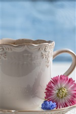 Preview iPhone wallpaper Coffee, cup, vase, flowers, spoon