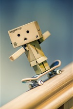 Preview iPhone wallpaper Danbo play skateboard