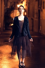 Preview iPhone wallpaper Fashion girl, night city, street