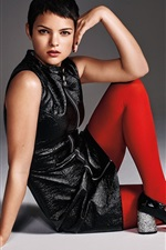 Preview iPhone wallpaper Brianna Hildebrand 01
