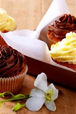Preview iPhone wallpaper Delicious cakes, cream