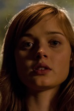Preview iPhone wallpaper Bella Heathcote, The Curse of Downers Grove