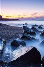 Vorschau des iPhone Hintergrundbilder Felsen, Meer, Küste, Leuchtturm, Nebel