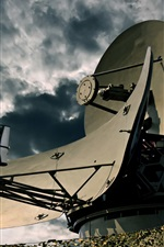 Preview iPhone wallpaper Airbase, Radar, signal
