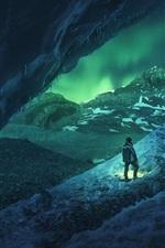 Канада, Атабаска, пещера, снег, зима, люди, ночь, северный свет