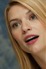 Preview iPhone wallpaper Claire Danes 02