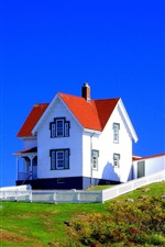 Preview iPhone wallpaper Lighthouse, house, flag, grass, blue sky, USA