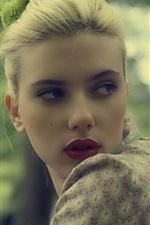 Scarlett Johansson 30