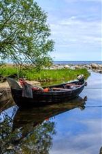 iPhone fondos de pantalla Suecia, bahía, barco, árboles, piedras, mar