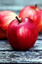 Três, vermelho, maçãs, madeira, tábua