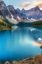 Канада, озеро, горы, лес, красивый природный ландшафт