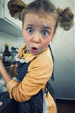 Preview iPhone wallpaper Fun girl in kitchen to make pancakes