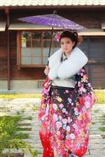 Preview iPhone wallpaper Japanese girl, kimono, umbrella