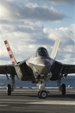 Preview iPhone wallpaper Lightning II F-35C bomber