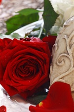 Preview iPhone wallpaper Red rose, love heart, romantic