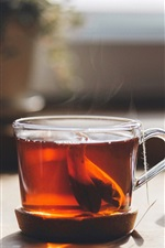 Preview iPhone wallpaper Red tea, glass cup