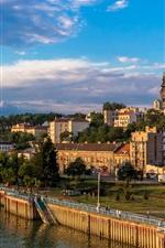 iPhone fondos de pantalla Serbia, Belgrado, barcos, muelle, río, casas, ciudad