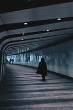 Underground, tunnel