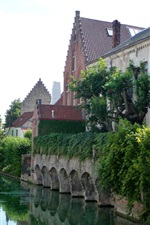 Preview iPhone wallpaper Belgium, Bruges, river, houses, bushes