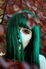 Green hair girl, leaves