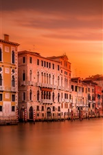 Preview iPhone wallpaper Italy, Venice, cathedral, river, houses, evening