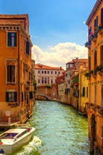 Preview iPhone wallpaper Venice, Italy, bridge, boats, river, houses