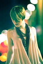 Preview iPhone wallpaper Fashion girl, night, street