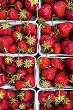 Preview iPhone wallpaper Many fresh strawberries, box