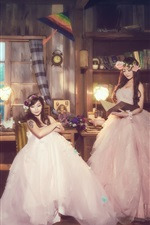 Preview iPhone wallpaper Three Chinese girls, room, bride