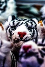 Brinquedos de tigre branco