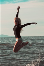Preview iPhone wallpaper Girl jump in the sea