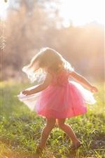 Alegria menina, criança, saia rosa, verão, luz do sol
