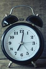 Preview iPhone wallpaper Alarm clock, black