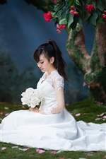 Preview iPhone wallpaper Beautiful Asian bride, white skirt