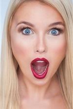 Preview iPhone wallpaper Blonde girl scream