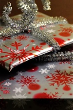 Preview iPhone wallpaper Gifts, snowflakes pattern