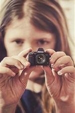 Preview iPhone wallpaper Nikon D1100 mini camera