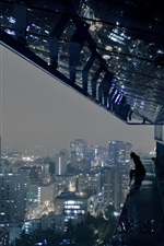 iPhone fondos de pantalla Ciudad, edificios, noche, techo, persona