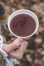Preview iPhone wallpaper Cup, tea, hand