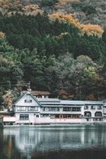 iPhone fondos de pantalla Kinrinko, lago, parque, casa, árboles, Japón