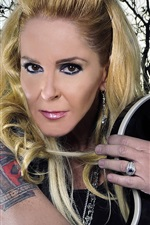 Preview iPhone wallpaper Lita Ford 01
