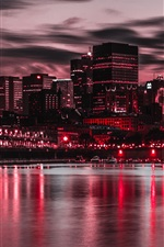 Aperçu iPhone fond d'écranNuit, ville, bâtiments, lumières, rivière, bateaux, style violet