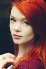 Preview iPhone wallpaper Red hair girl look back, black background