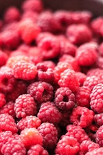 Preview iPhone wallpaper A lot of red raspberry, delicious berries