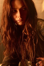 Preview iPhone wallpaper Clara Paget, Black Sails