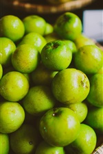 Preview iPhone wallpaper Many green apples, water drops
