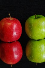 Preview iPhone wallpaper Three apples, green and red, water drops, black background