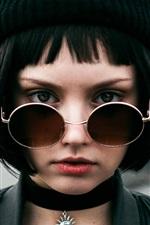 Preview iPhone wallpaper Black short hair girl, hat, glasses