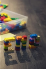 Preview iPhone wallpaper Cute child play toy bricks